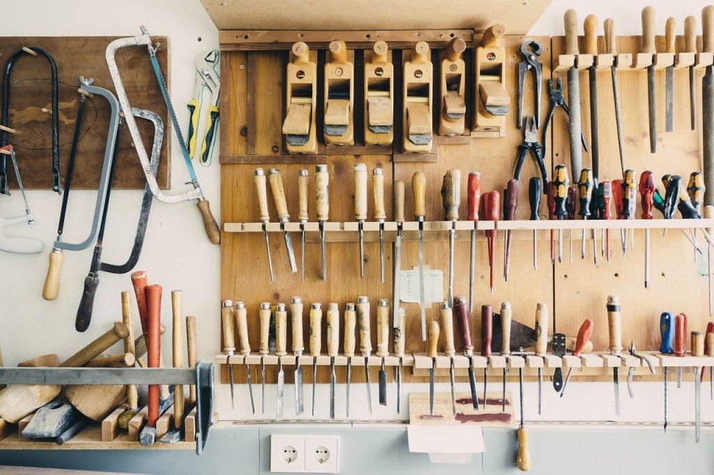 Werkzeug Werkzeugschrank Keller Kellerraum